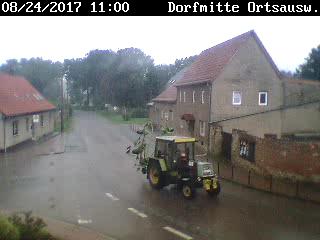Das aktuelle Bild vom Dorfplatz in Dederstedt- klicken Sie hier